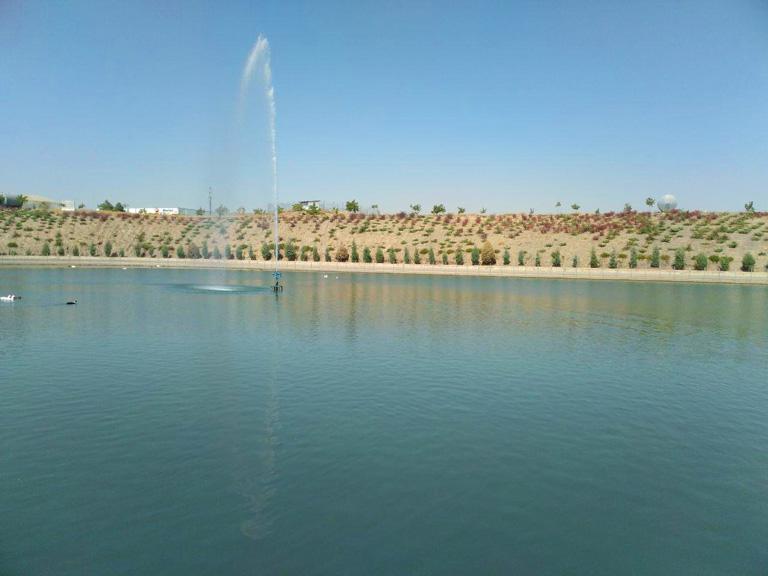 دریاچه پارک چهل بازه مشهد